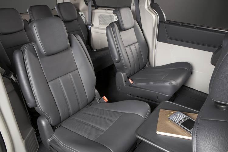 Chrysler Grand Voyager #12 - high quality Chrysler Grand Voyager