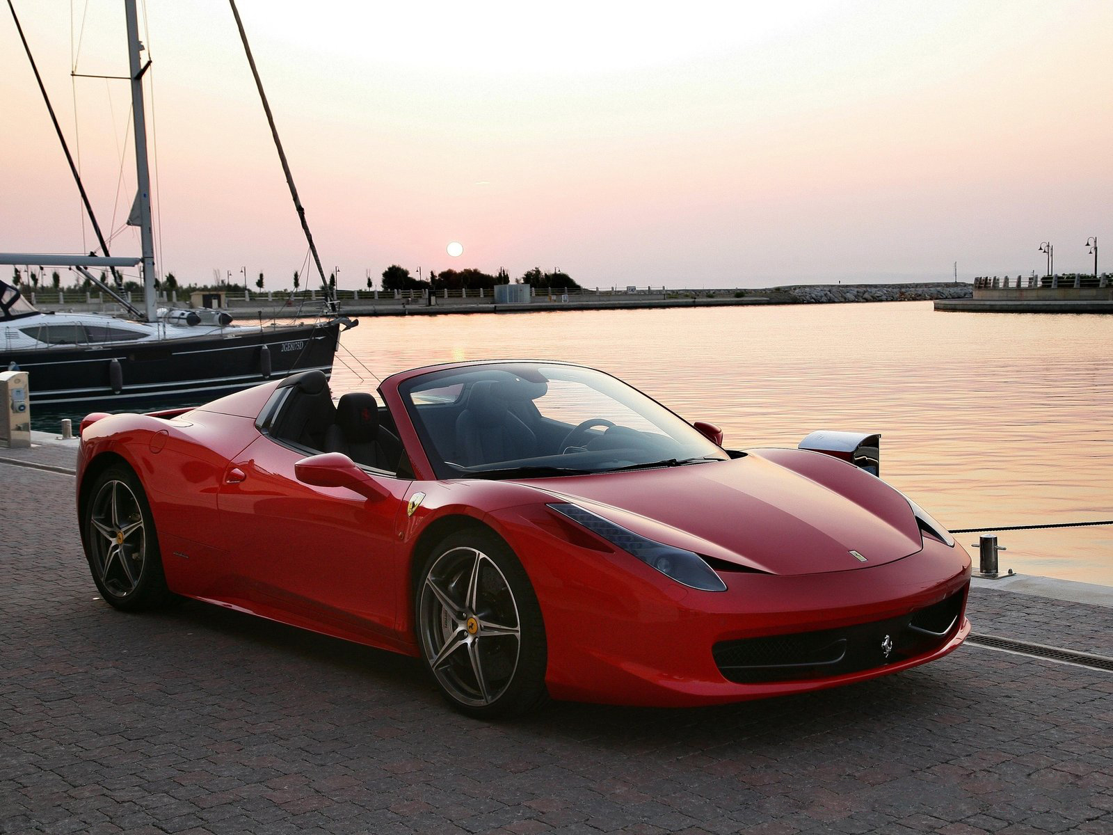 ferrari 458 spider 12 high quality ferrari 458 spider pictures on. Black Bedroom Furniture Sets. Home Design Ideas