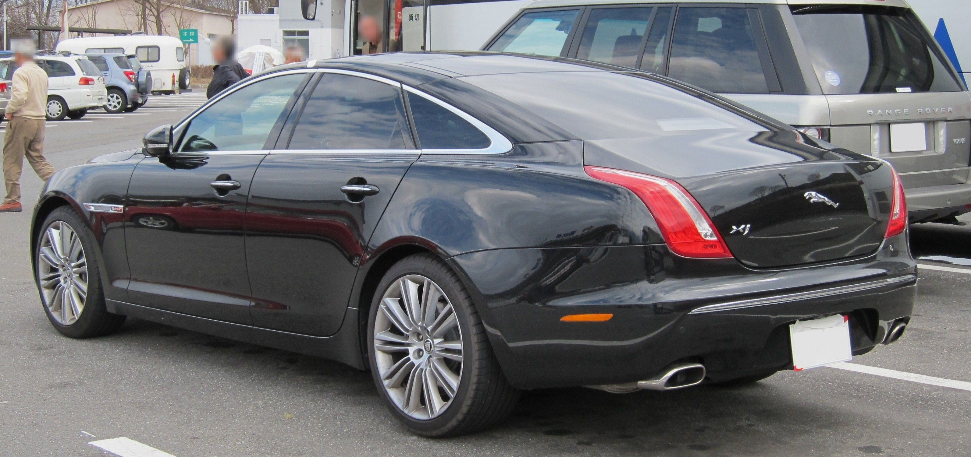 Jaguar 2018 Xj >> Jaguar XJ #7 - high quality Jaguar XJ pictures on MotorInfo.org