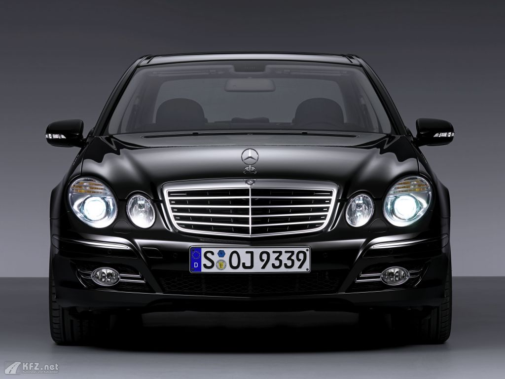 mercedes e klasse 9 high quality mercedes e klasse pictures on. Black Bedroom Furniture Sets. Home Design Ideas