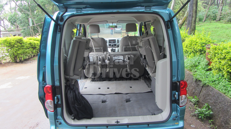 nissan evalia 7 high quality nissan evalia pictures on. Black Bedroom Furniture Sets. Home Design Ideas