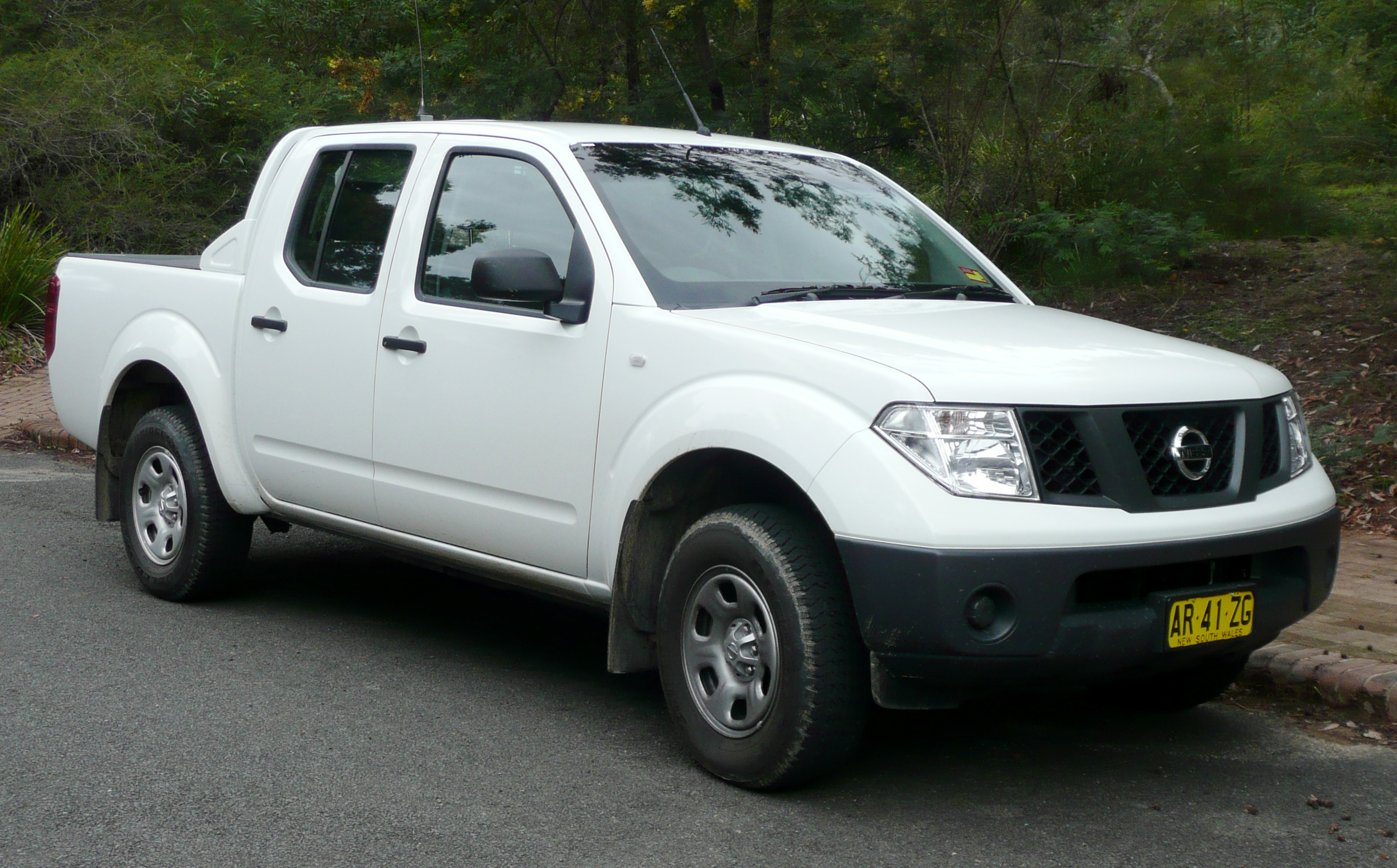 Nissan Navara #2 - high quality Nissan Navara pictures on MotorInfo.org