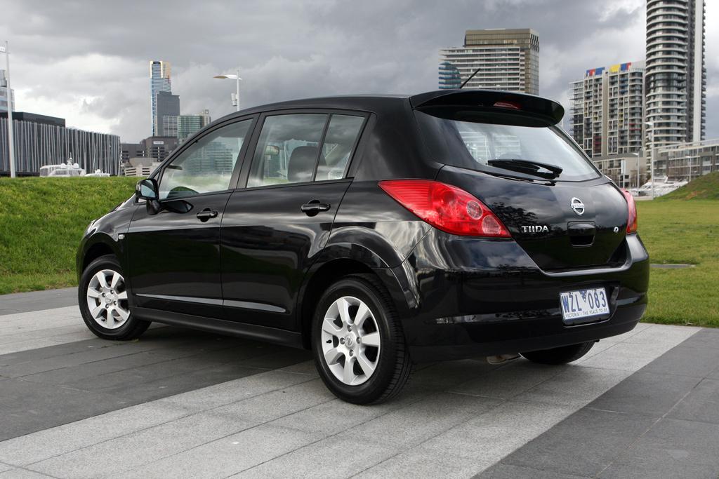 Nissan Tiida #11 - high quality Nissan Tiida pictures on ...