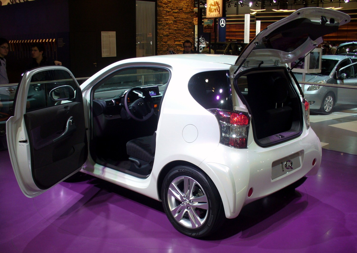 Toyota iQ #5  high quality Toyota iQ pictures on