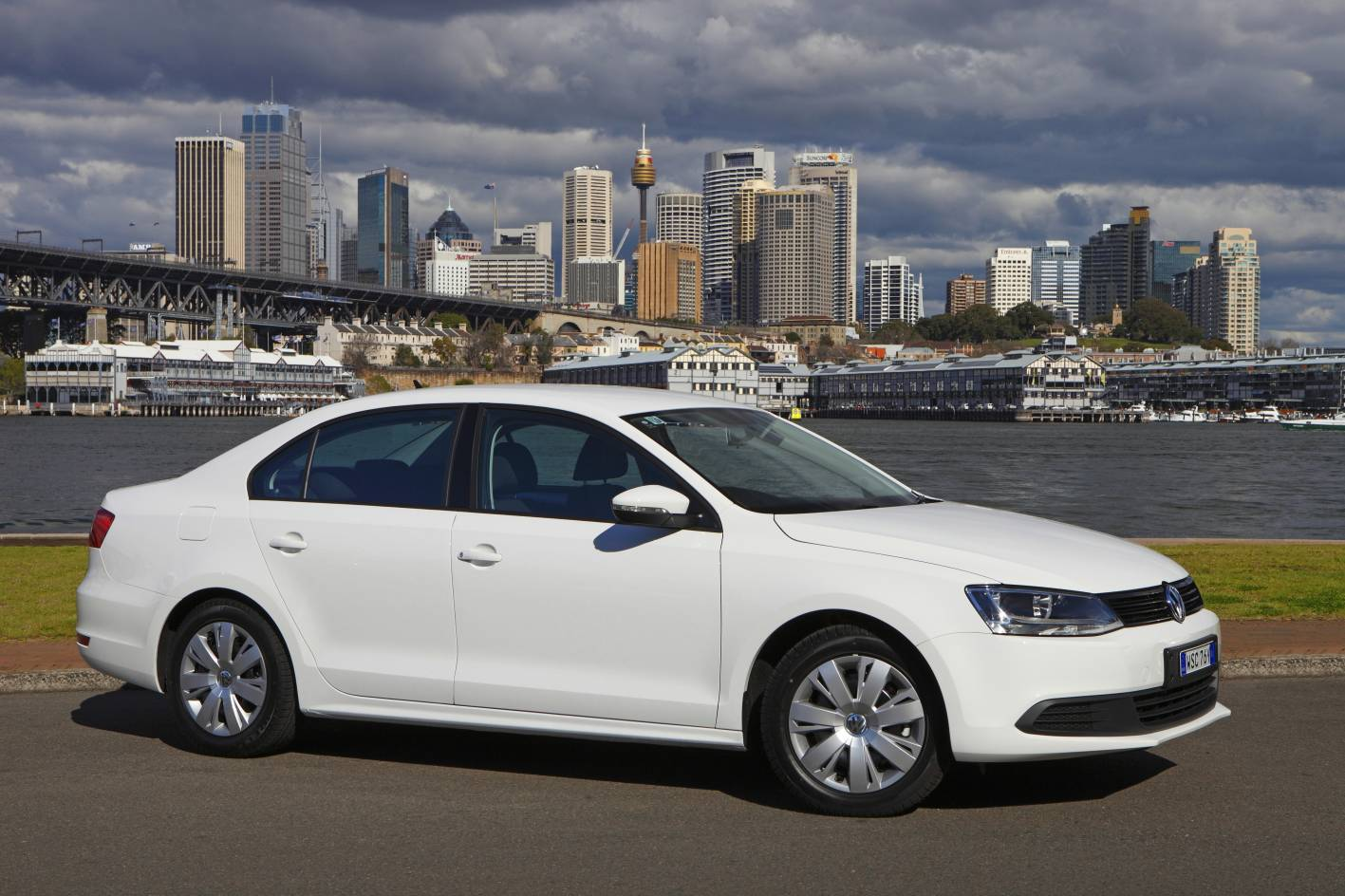 vw jetta interesting news with the best vw jetta pictures on. Black Bedroom Furniture Sets. Home Design Ideas
