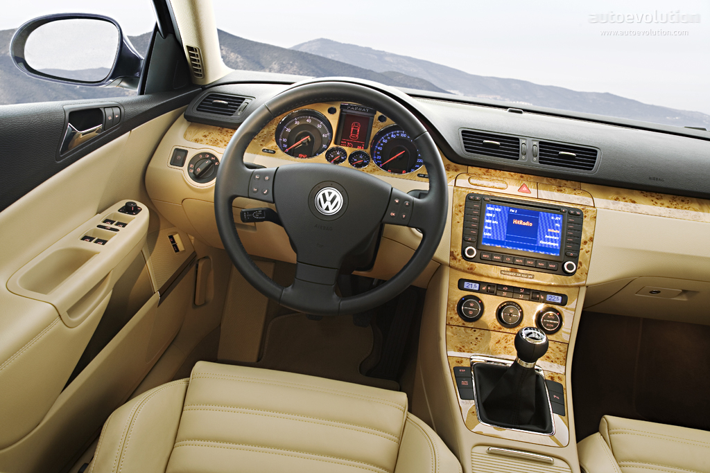 Vw passat variant 9 high quality vw passat variant for Interieur voiture de luxe