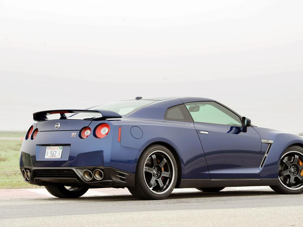 Nissan GT-R #4 - high quality Nissan GT-R pictures on ...