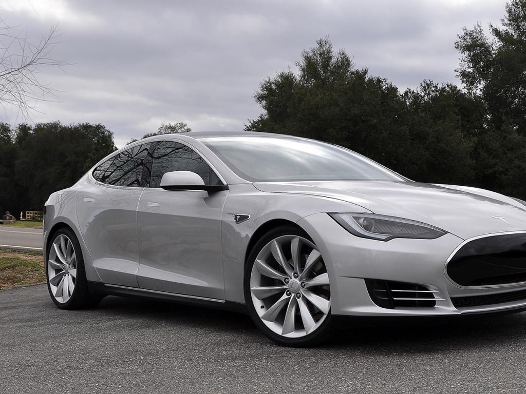 Tesla Model S 4 High Quality Tesla Model S Pictures On